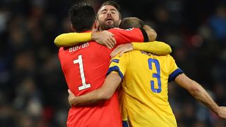 Buffon Barzagli Chiellini Tottenham Juventus Champions League