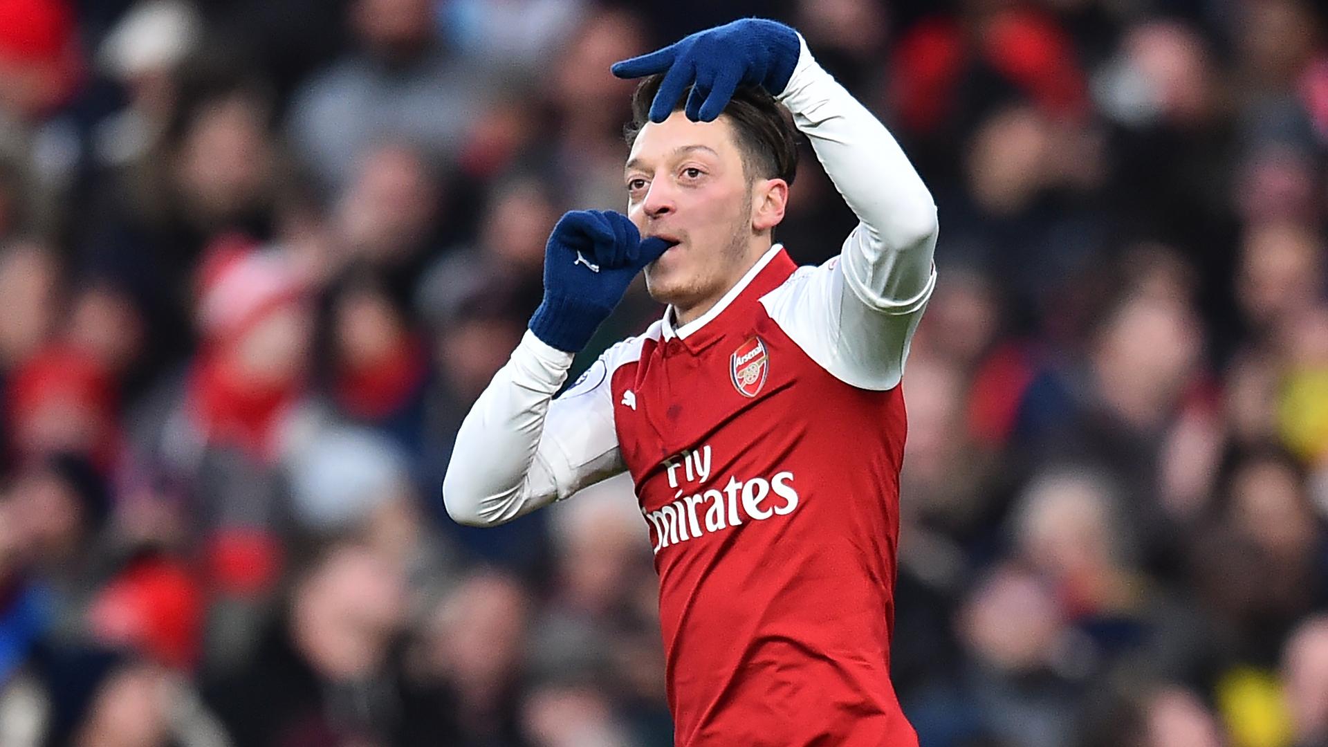 Mesut Ozil Arsenal Newcastle