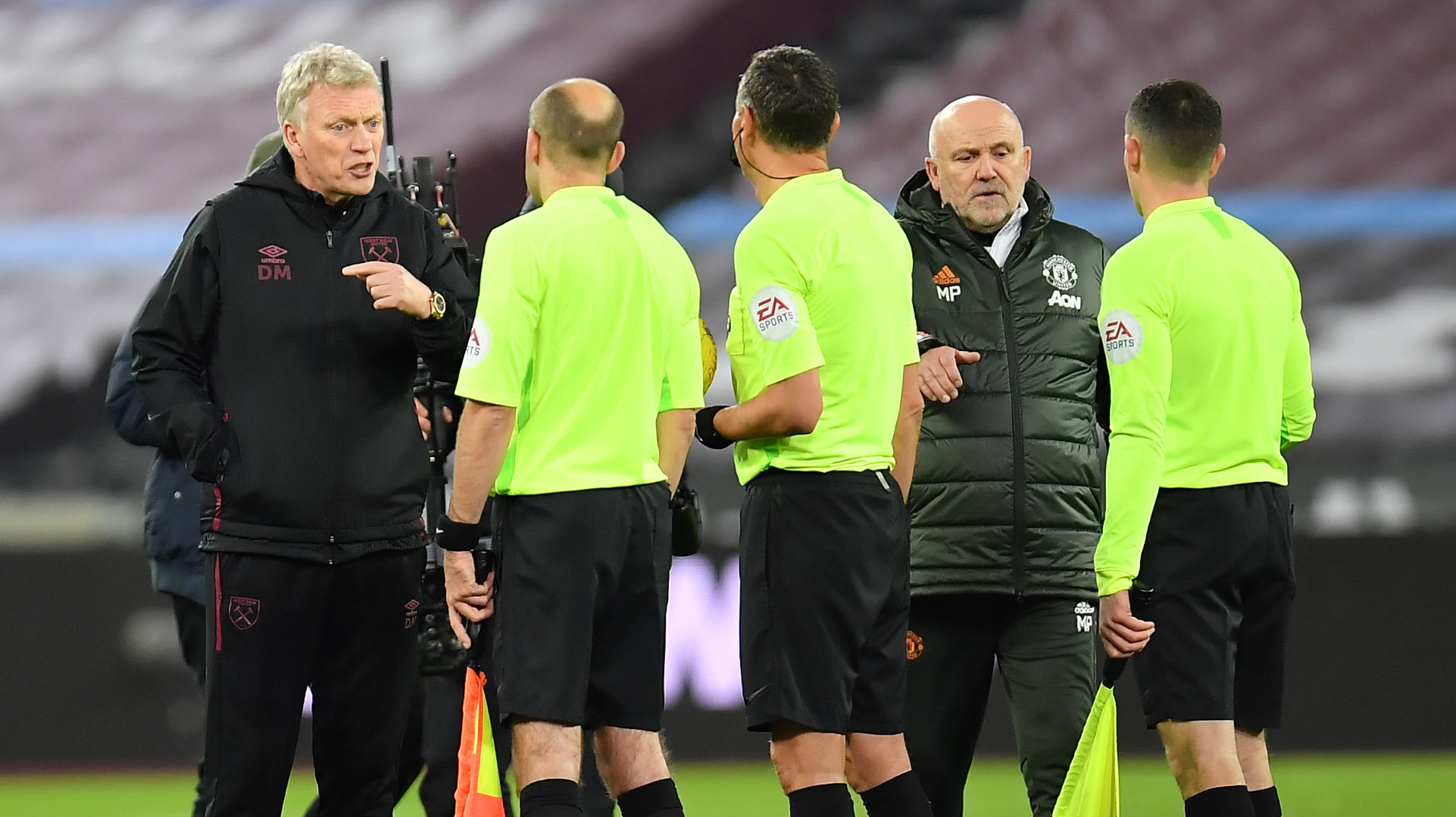 'The ball went over my head!' - West Ham boss Moyes claims ...