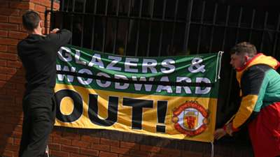 Manchester United fans, Old Trafford, Glazer protests