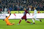 Harun Tekin Burak Yilmaz William Troost-Ekong Trabzonspor Bursaspor 12/16/17
