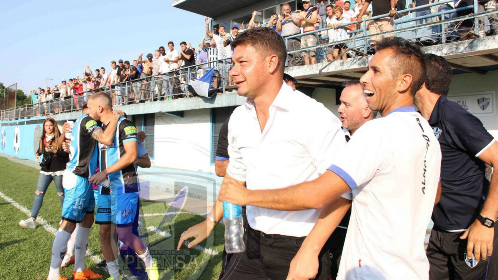 Sebastián Battaglia como director técnico: su carrera en Almagro,  trayectoria en Boca y futuro | Goal.com