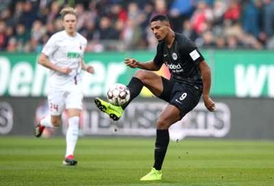 Sebastien Haller FC Augsburg Eintracht Frankfurt Bundesliga 24112018