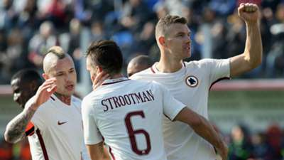 Edin Dzeko Kevin Strootman Crotone Roma Serie A