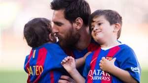 Lionel Messi Thiago Messi Mateo Messi Las Palmas Barcelona LaLiga 14052017