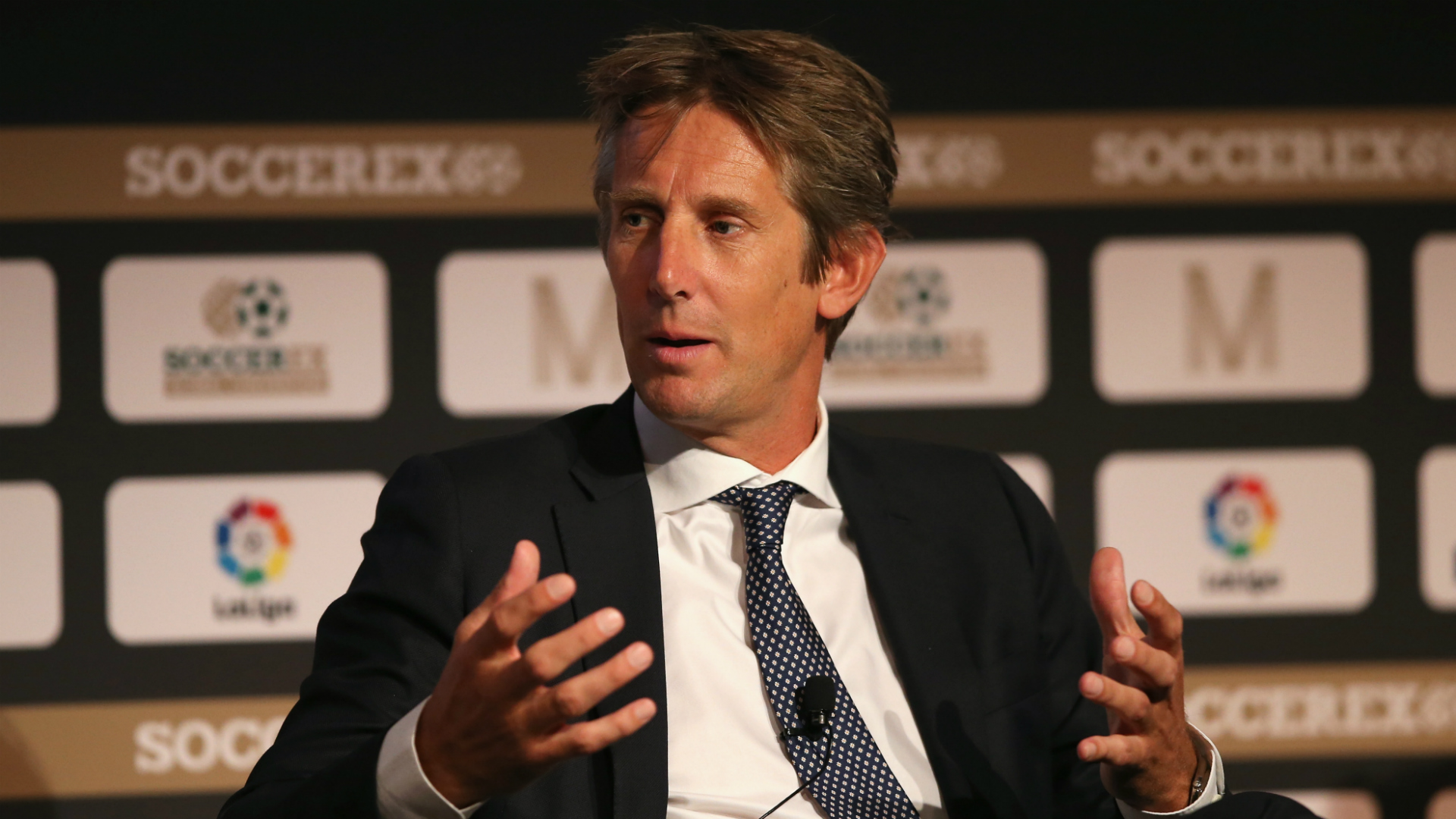 Van der Sar: Manchester United role would interest me