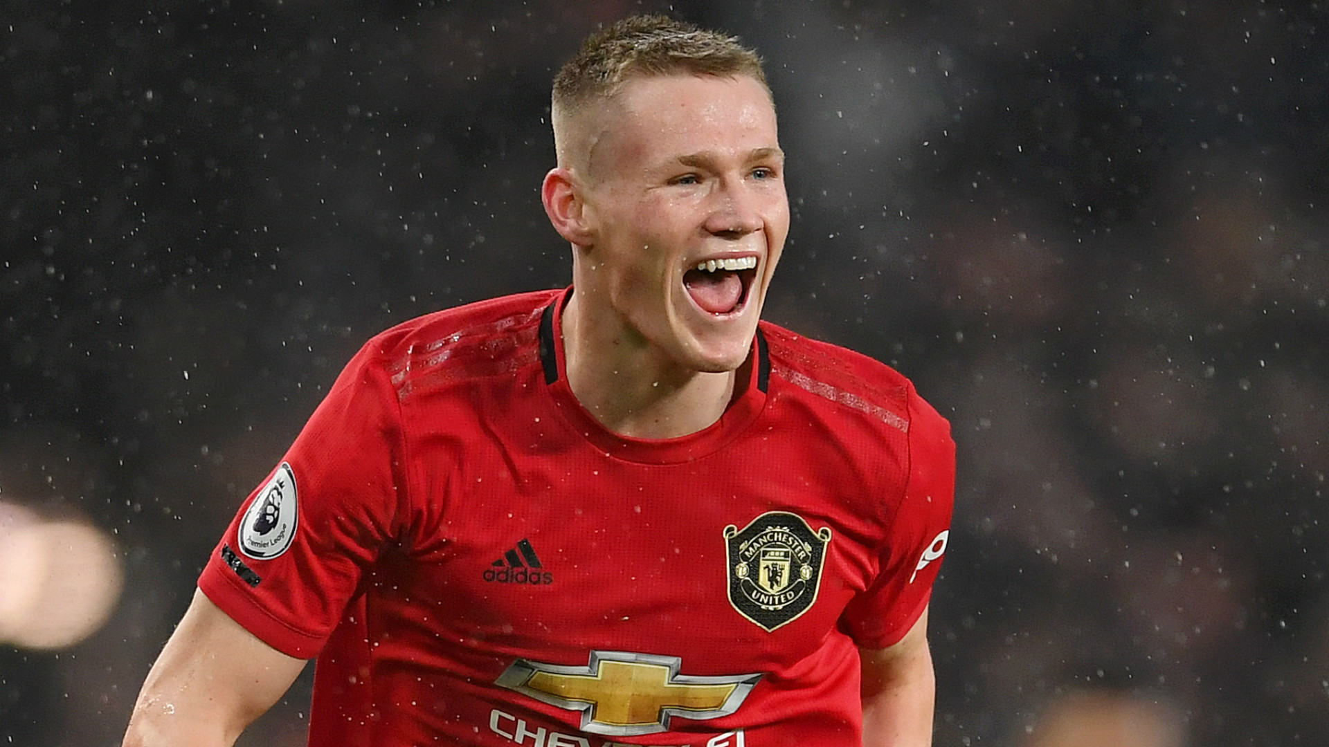 McTominay signs new Man Utd deal to keep him at club until 2025   Goal.com