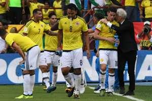 Pekerman dando instrucciones a Colombia