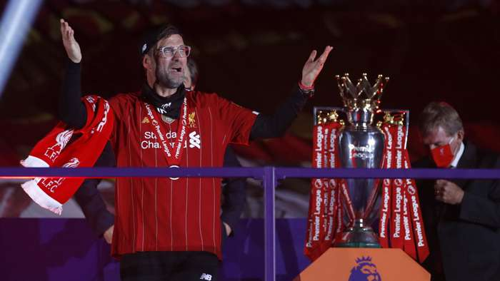 Jurgen Klopp celebrates winning Premier League title