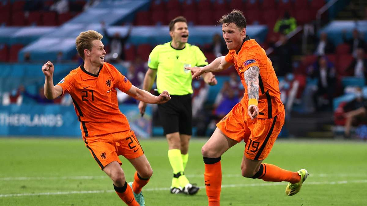 'An emotional rollercoaster' - De Jong loses voice cheering on Netherlands in their dramatic 3-2 ...