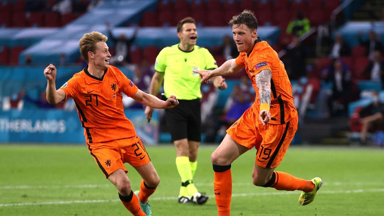 Wout Weghorst Frenkie de Jong Netherlands vs Ukraine Euro 2020