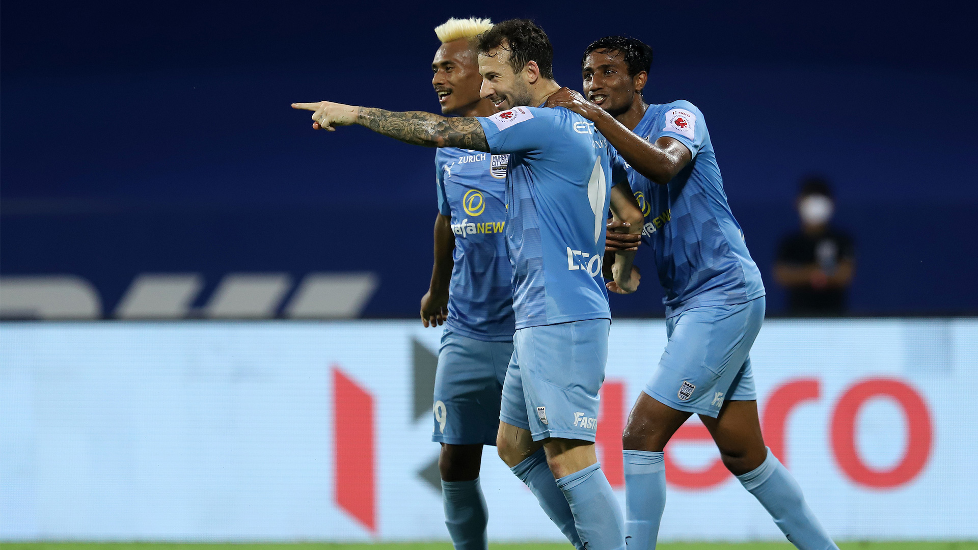 Mumbai City 3-0 East Bengal: Islanders run riot in Goa