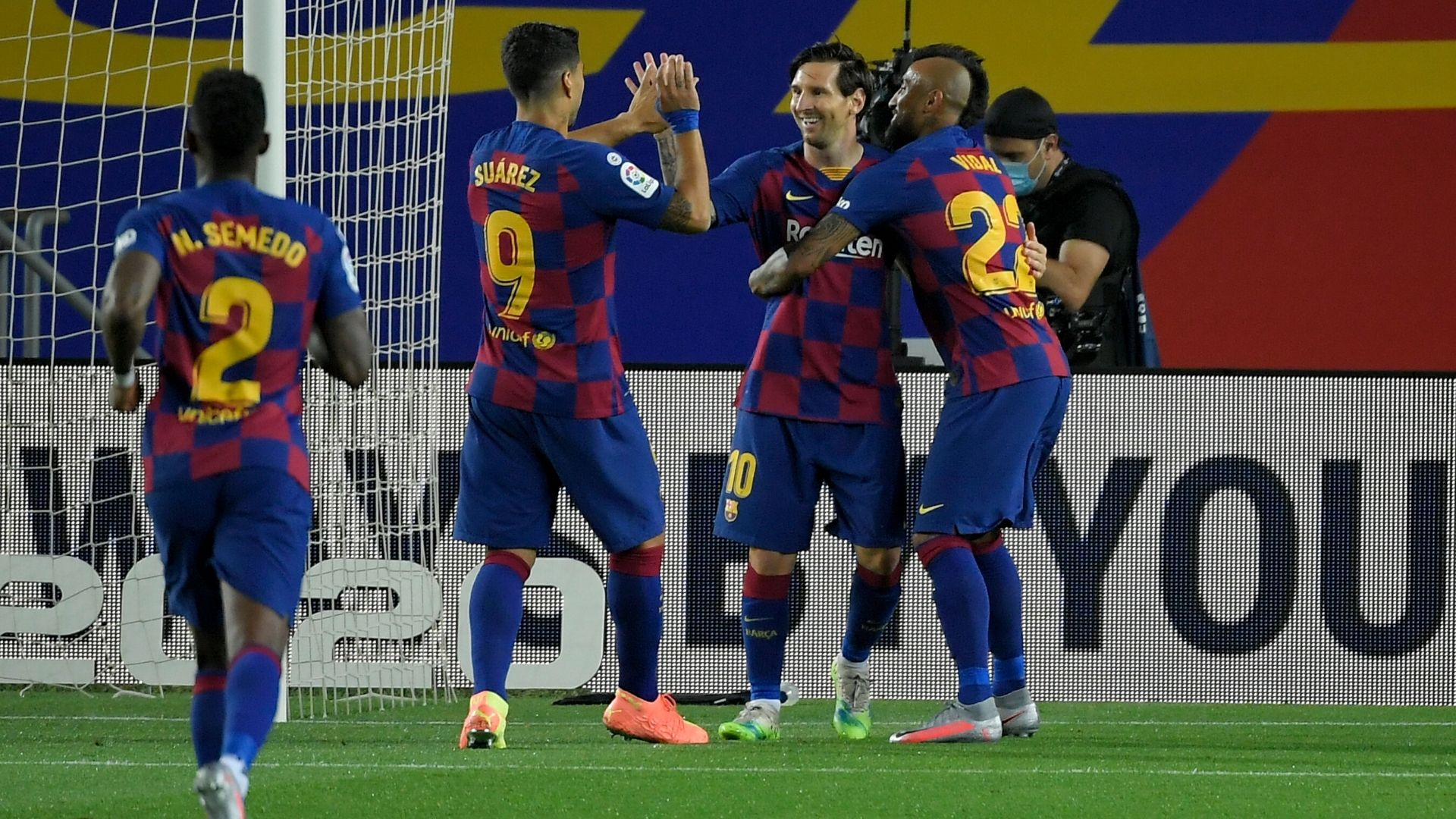 Barcelona 2-0 Leganes: Messi on target in hard-fought win for leaders