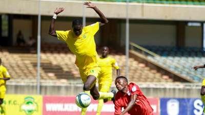 John Kuol of Kariobangi Sharks v Yema Mwana from Bandari.