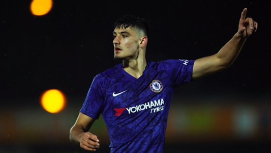 Chelsea prospect Broja scores winner at Tottenham to celebrate new contract