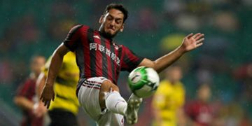 Hakan Calhanoglu Borussia Dortmund Milan