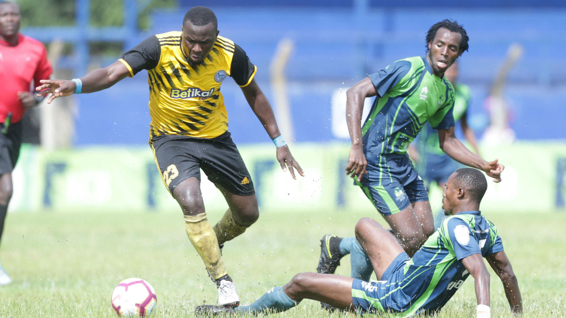 Sofapaka's Okoth lashes out at 'racist' French doctors over coronavirus vaccine row