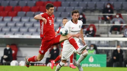 Robert Lewandowski FC Bayern David Abraham Eintracht Frankfurt DFB-Pokal 100620
