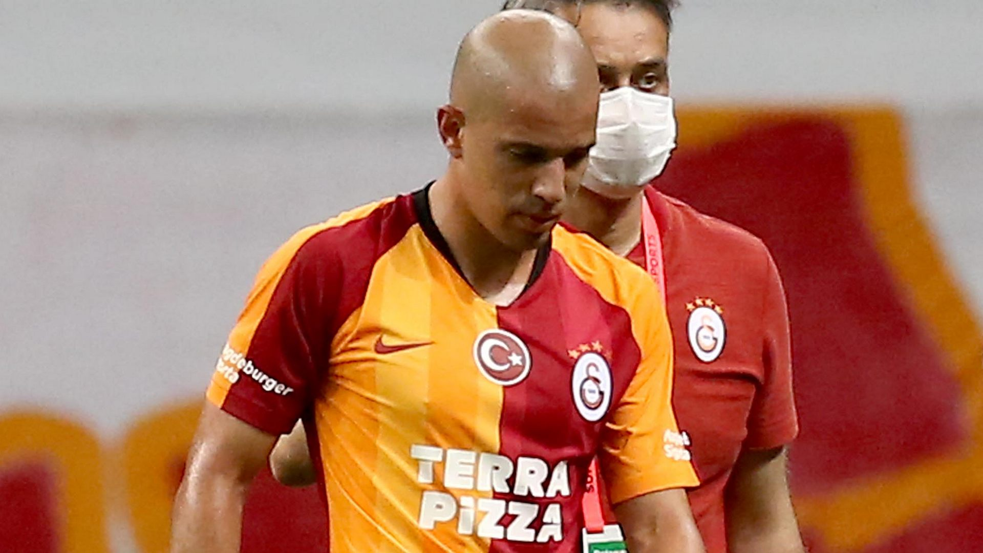 'North African footballers don't have anger problems' – Feghouli hits back after red card in Galatasaray loss