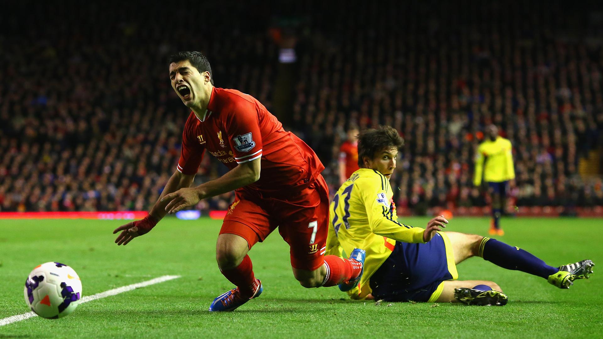 Luis Suarez Liverpool Premier League 2013-14