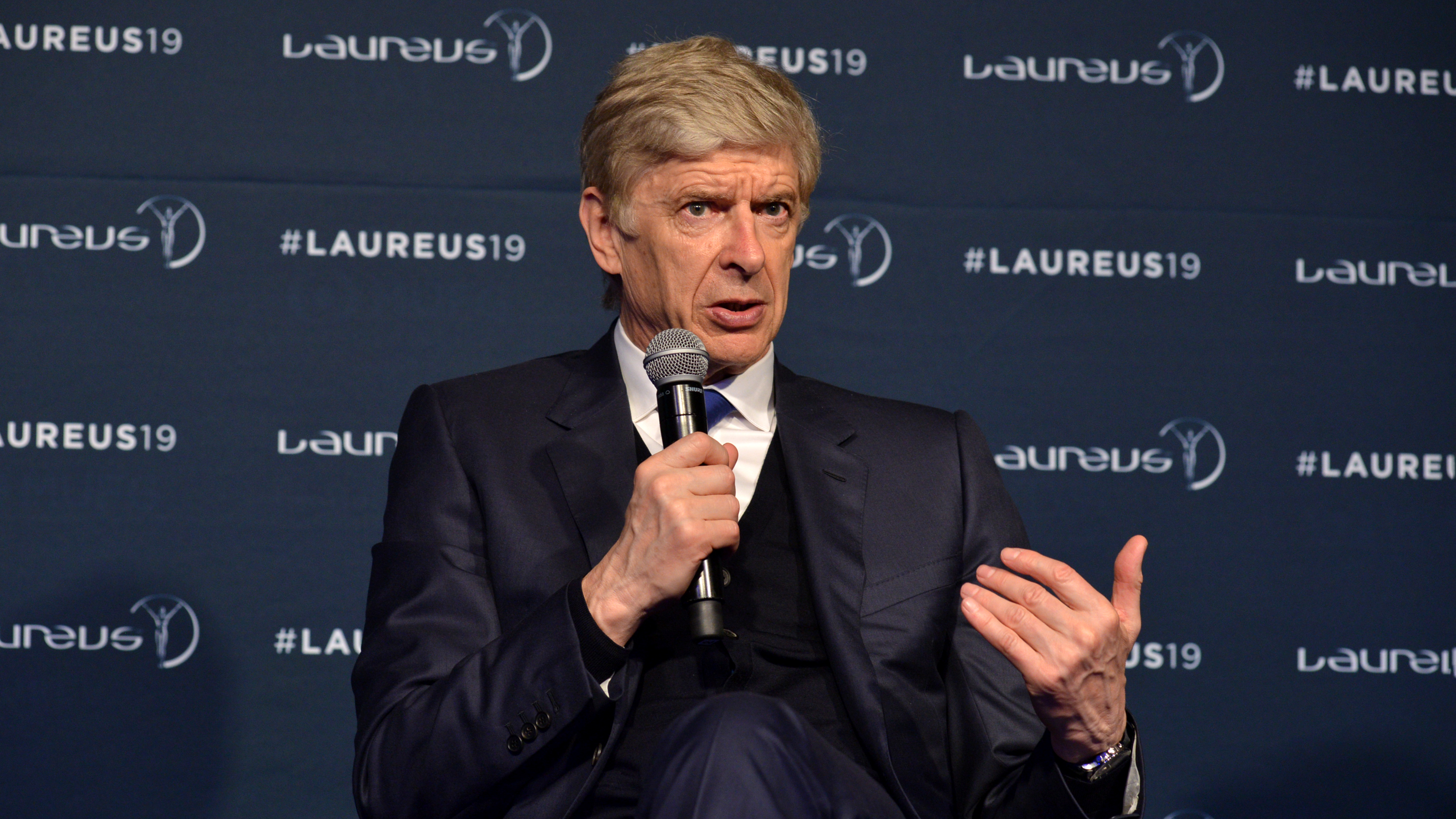 Arsene Wenger says he will talk to Bayern leadership next week
