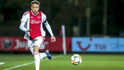 Liam van Gelderen Jong Ajax 03252019