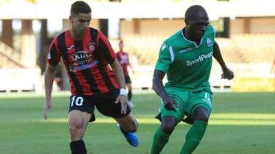 Joash Onyango of Gor Mahia vs USM Alger.