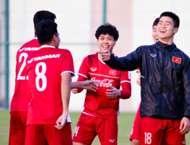 Đội tuyển Việt Nam tập huấn Qatar
