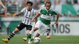 Fagner e Valdivia - Palmeiras x Corinthians - 25/10/2014