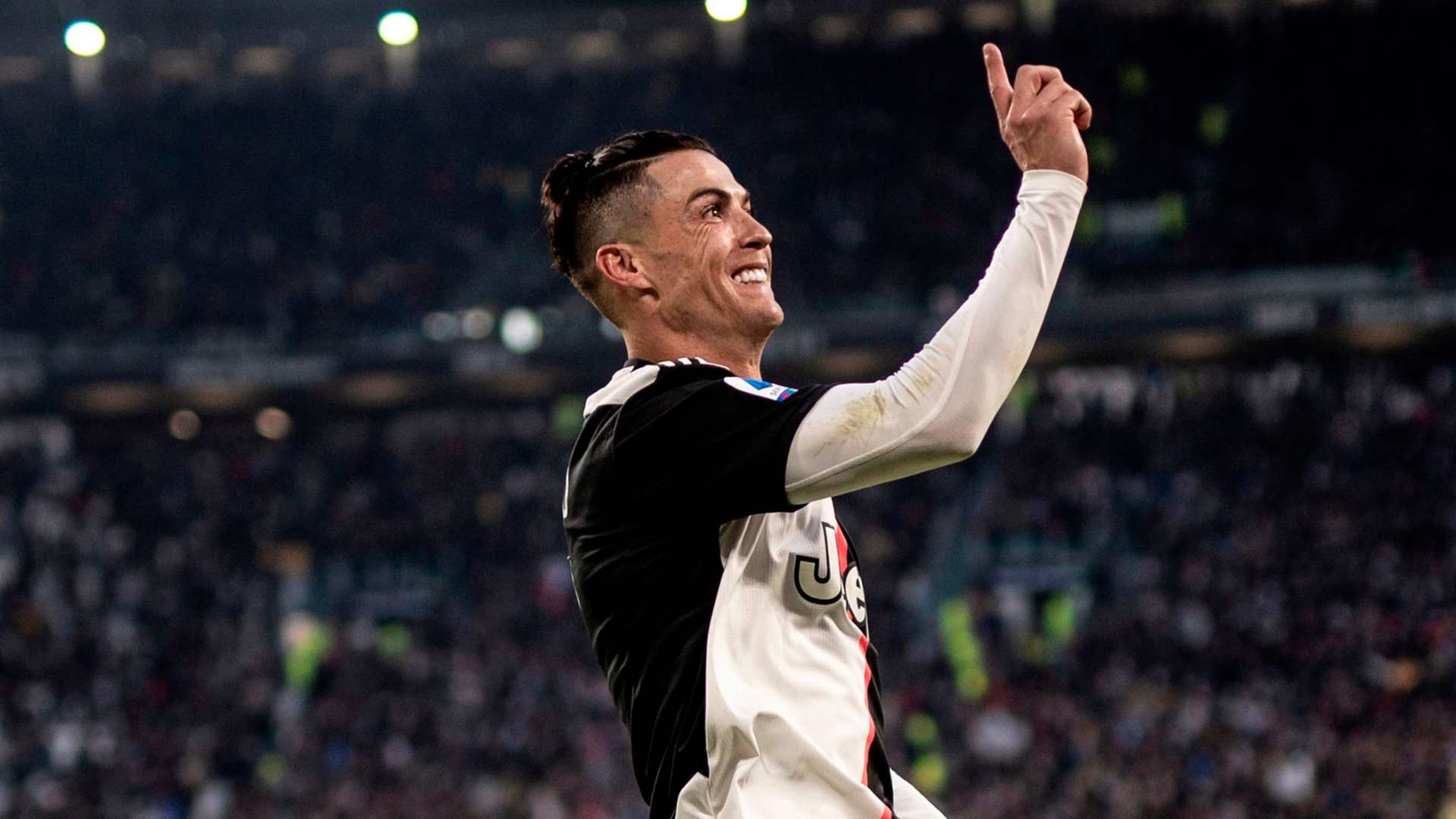 VIDEO - Sarri va aider Ronaldo à gagner un sixième Ballon d'Or