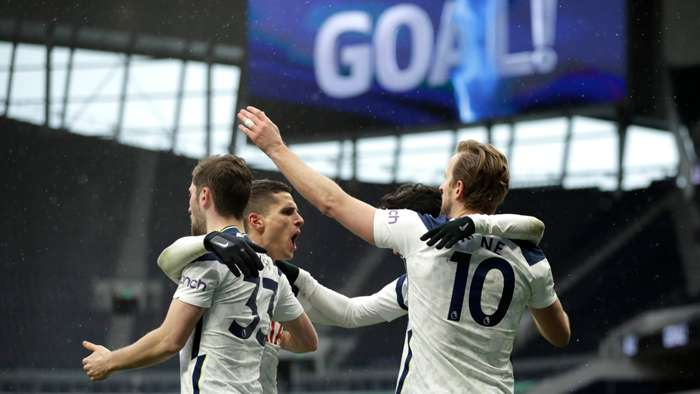 Tottenham celebrate 2021