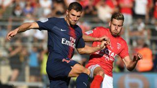 Thomas Meunier Renaurd Ripart Nimes PSG Ligue 1 01092018