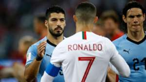 Suarez snubs Ronaldo but includes Forlan in his top five strikers of all time
