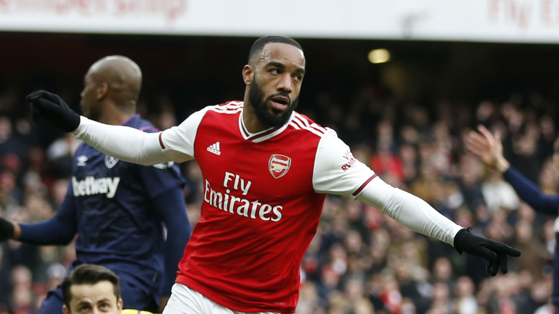 Lacazette: It's my job to give Arteta a headache after struggles for Arsenal starts