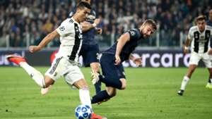Cristiano Ronaldo Luke Shaw Juventus Manchester United