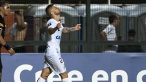 Eduardo Sasha Santos Nacional Montevideu 15032018 Libertadores