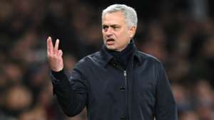 Jose Mourinho Tottenham Liverpool 11012020