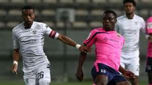 Manti Mekoa of Stellenbosch FC evades challenge from Meshack Maphangule of Black Leopards