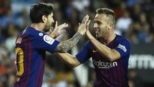 FC Barcelona: Arthur bezeichnet Teamkollege Lionel Messi als seinen härtesten Gegenspieler | Goal.com