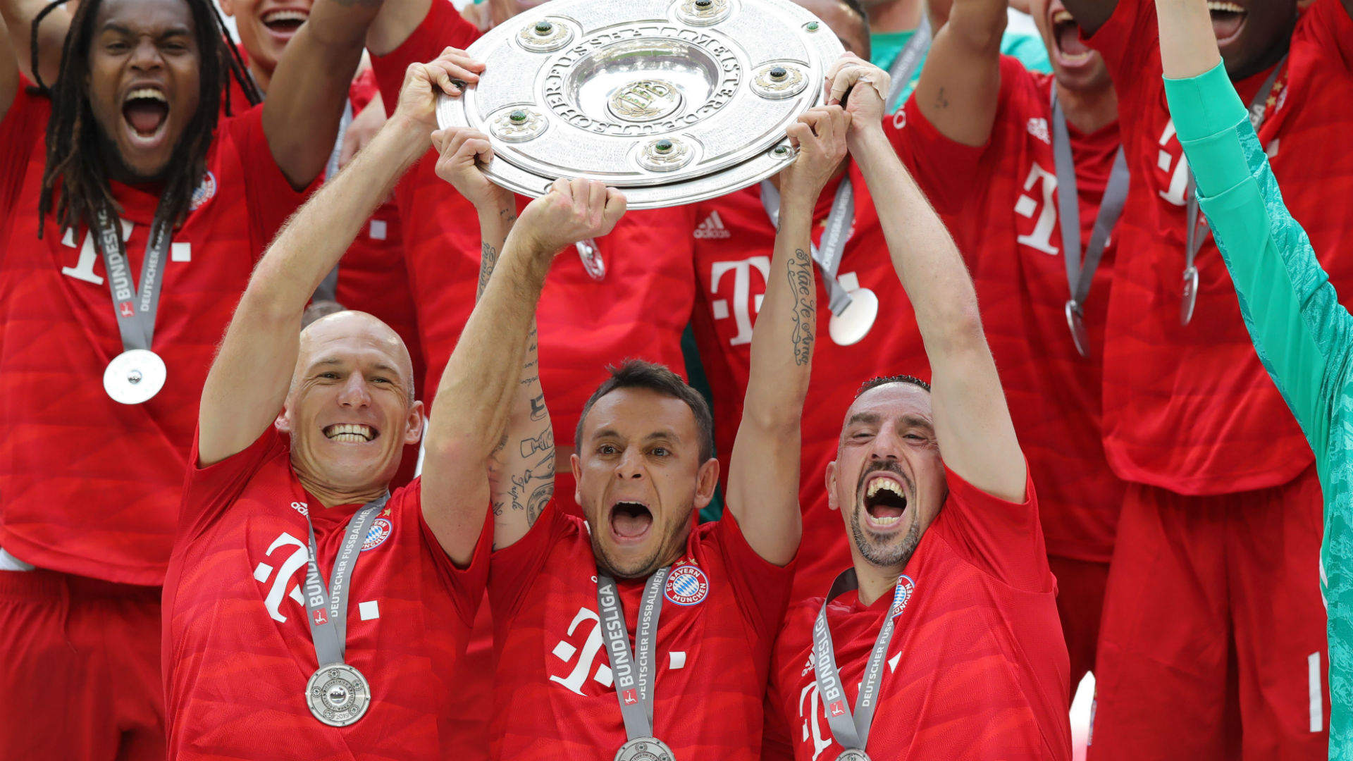 Rafinha Franck Ribery Arjen Robben Bayern Munich Bundesliga 2019