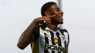 Jeff Reine-Adelaide Angers 2019