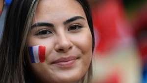美女サポワールドカップ_デンマークvsフランス_フランス1