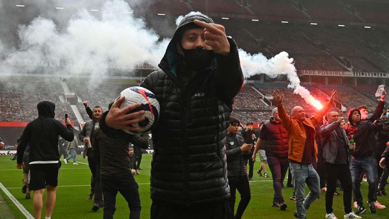 CNR: Old Trafford, Manchester United fans, Glazer protests