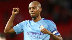 Fernandinho signs 12-month contract extension with Man City