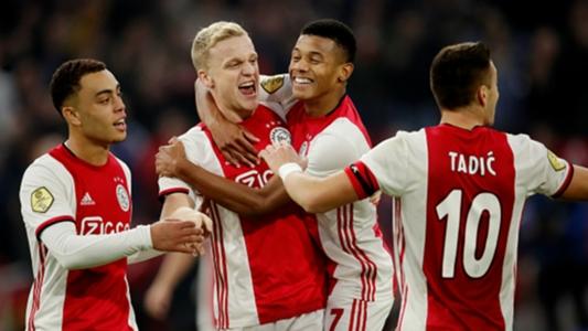 Ajax-Feyenoord 4-0: 'Klassieker' senza storia, quaterna in un tempo ...