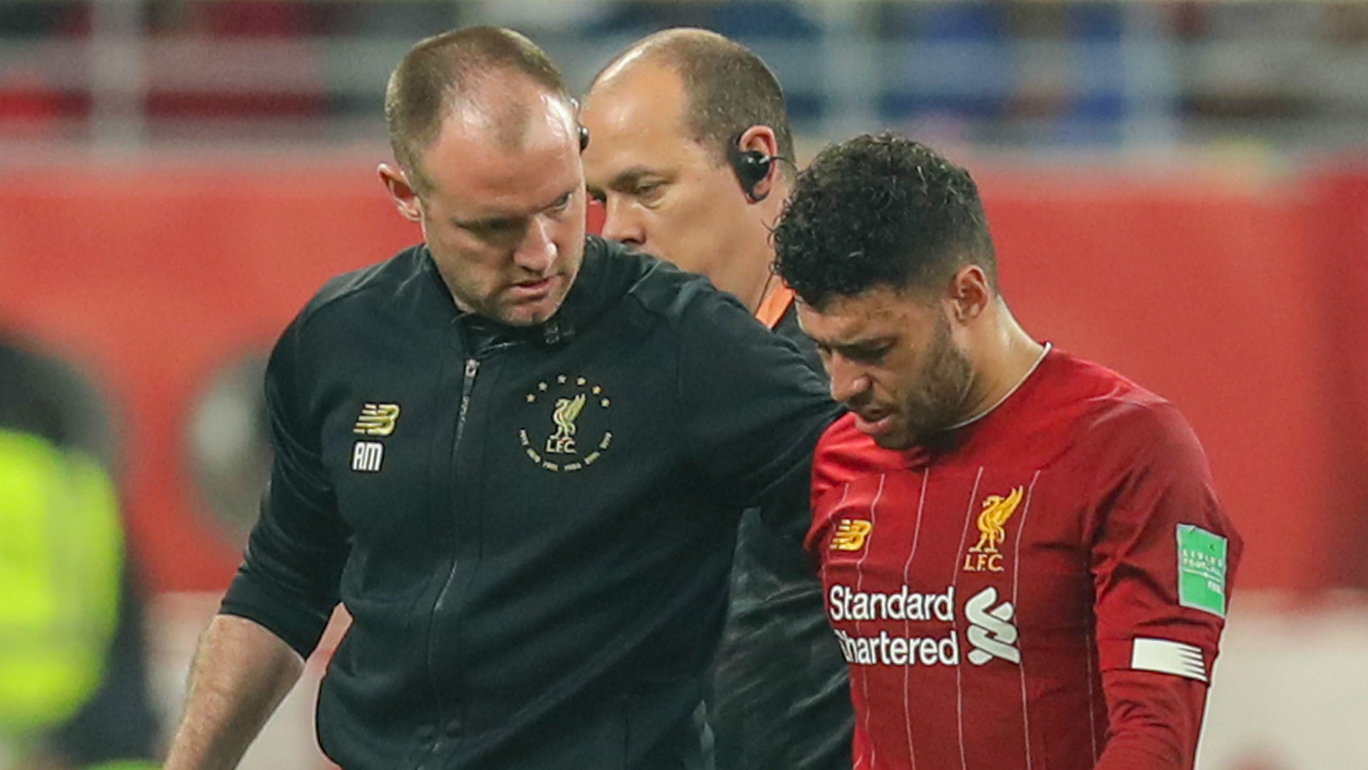 Liverpool's Oxlade-Chamberlain sidelined with ankle injury
