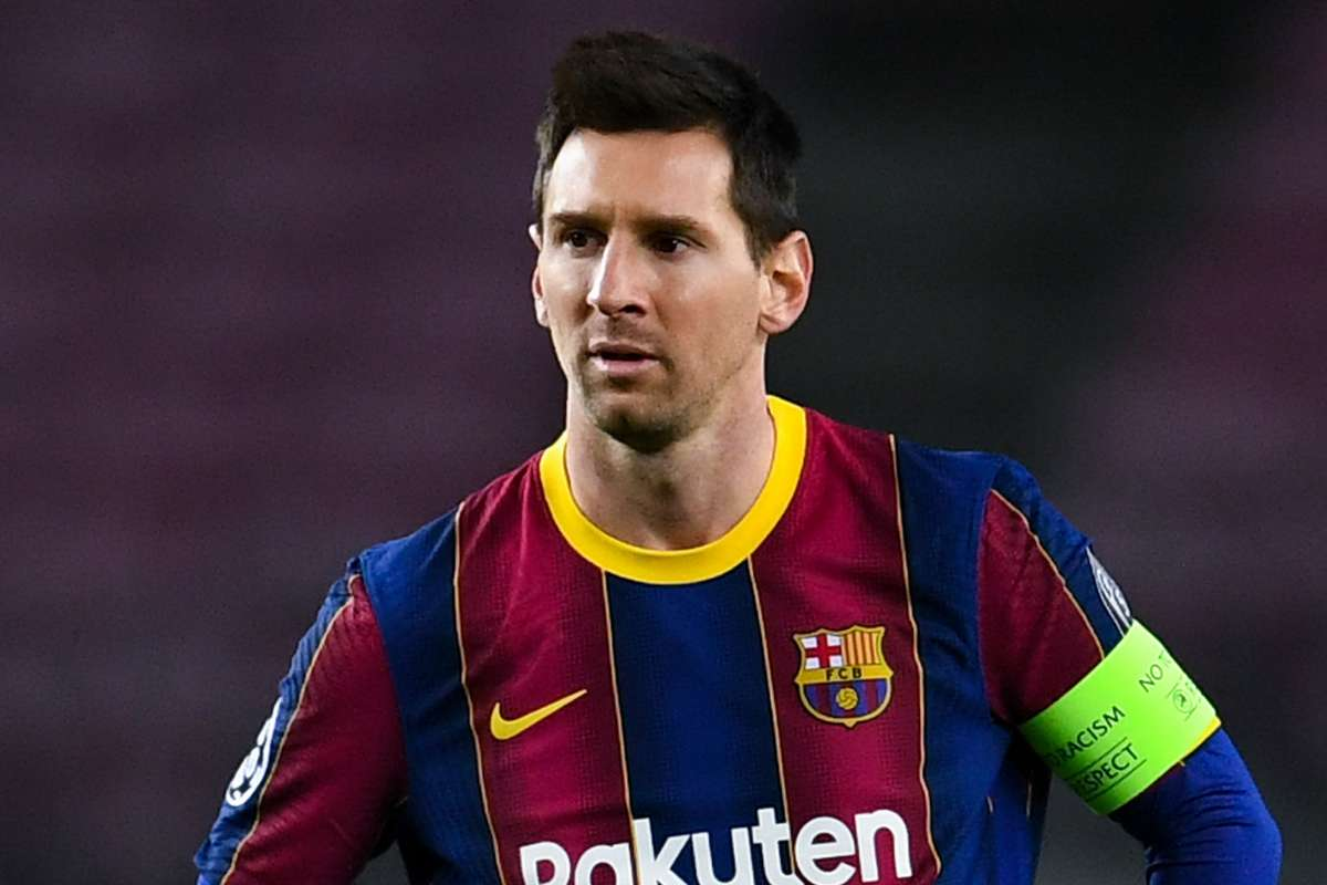 Messi has not had negotiations with other clubs as rumours continue over  Barcelona star's future | Goal.com