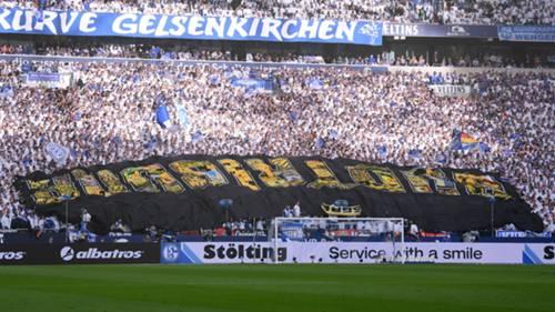Schalke 04 fans Borussia Dortmund 2019