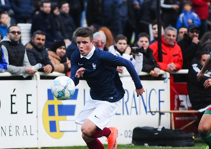 Mercato - Ligue 2 : Rodez se positionne sur Alan Kerouedan (Rennes)