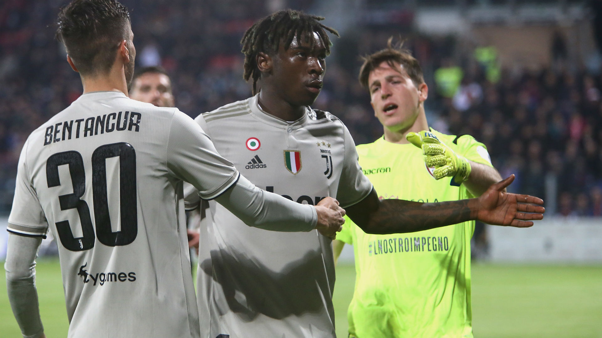 Micho And Klate Support Moise Kean After Racial Controversy In Italy Goal Com